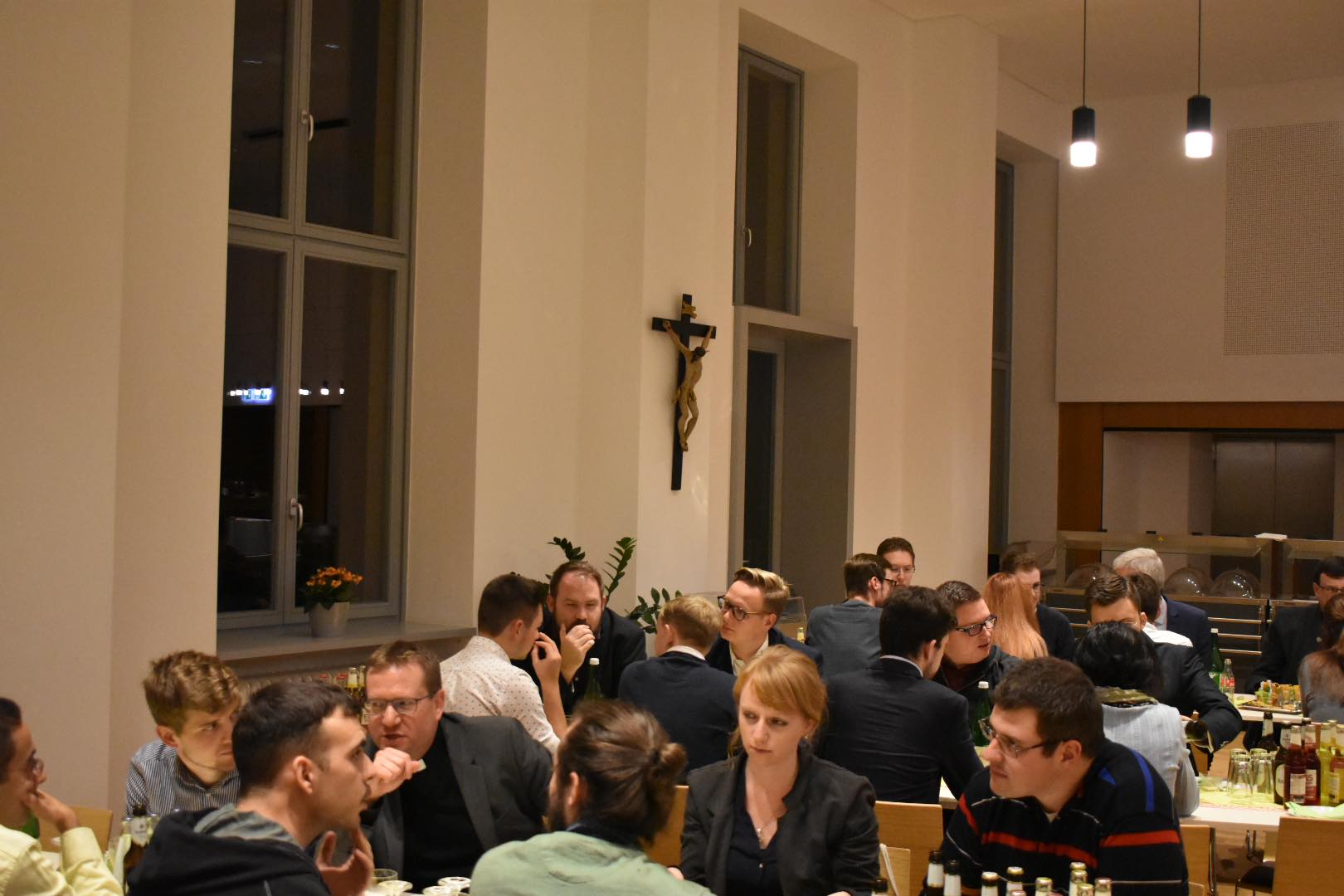 Guests' evening in the seminary: Dinner with conversations